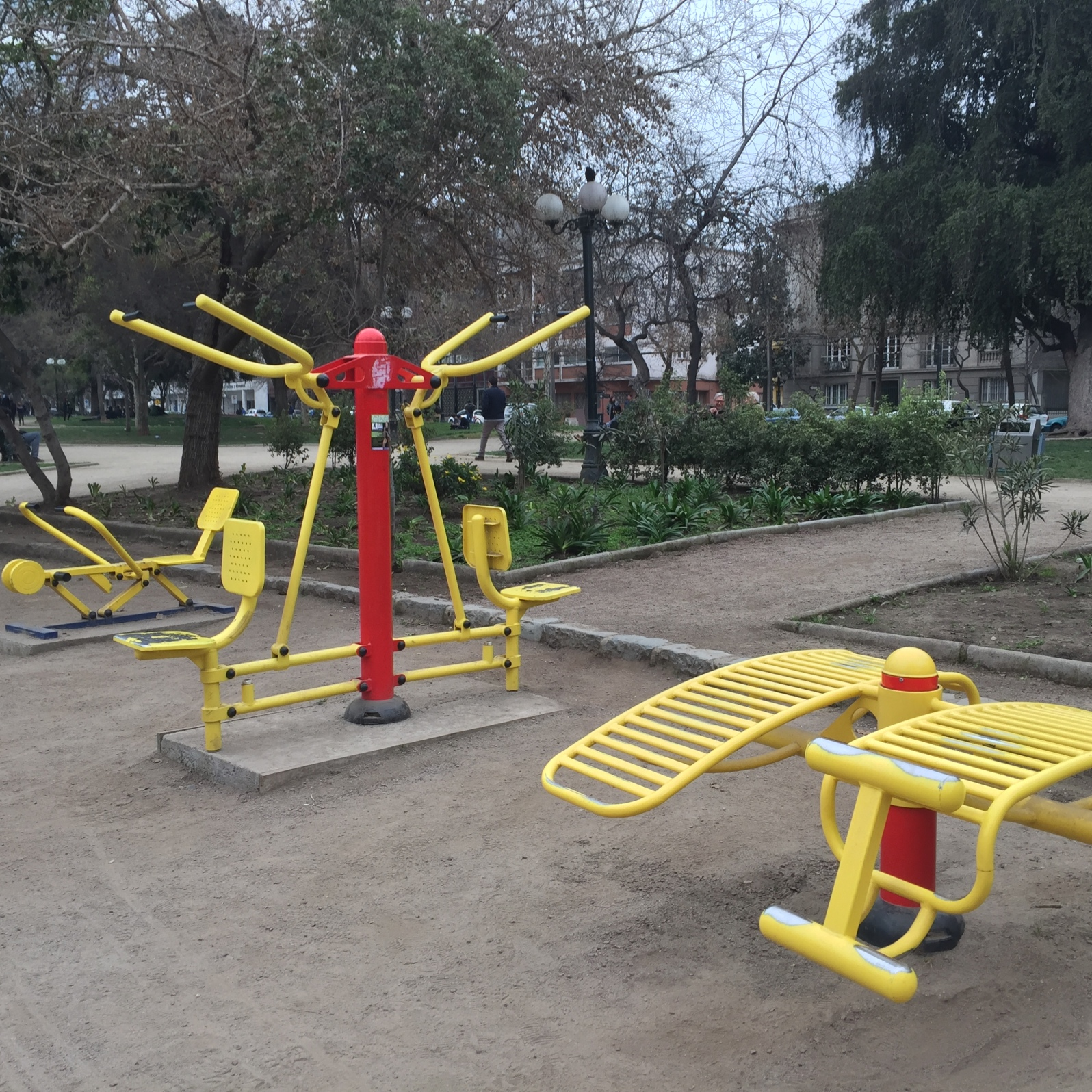 (From left to right: rowing-like machine, shoulder press, and crunches)